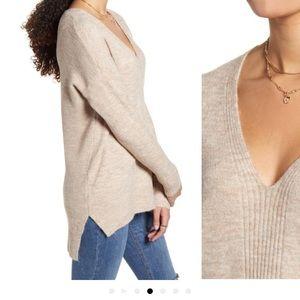 ✨EUC✨ Dreamers • Tunic Sweater